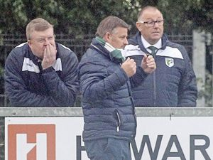 SOUTH PARK v GUERNSEY..FA TROPHY..SATURDAY 8TH OCTOBER 2016 ..Tony Vance with Mark Le Tissier to the right..Picture by ESA Photos. (30008411)