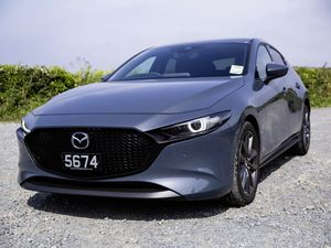 Picture by Sophie Rabey.  27-06-19.  Mazda 3 car test for DRIVE.. (25068249)