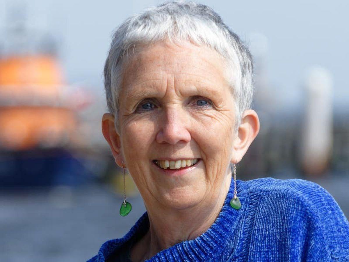 Vera creator backs Reading for Wellbeing scheme