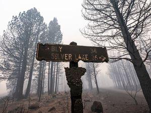 Crews make progress on Oregon wildfire