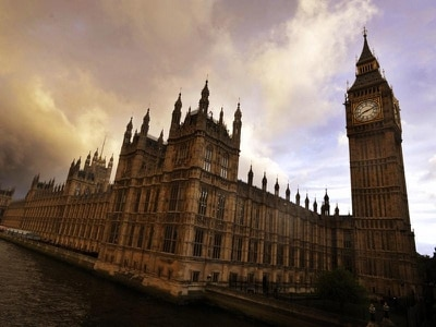 Commons officials call for overhaul of bullying procedures