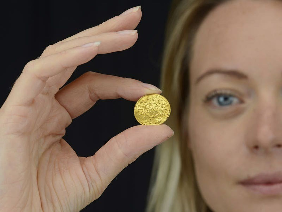 Anglo-Saxon coin found by metal detectorist set to fetch £200,000 at auction