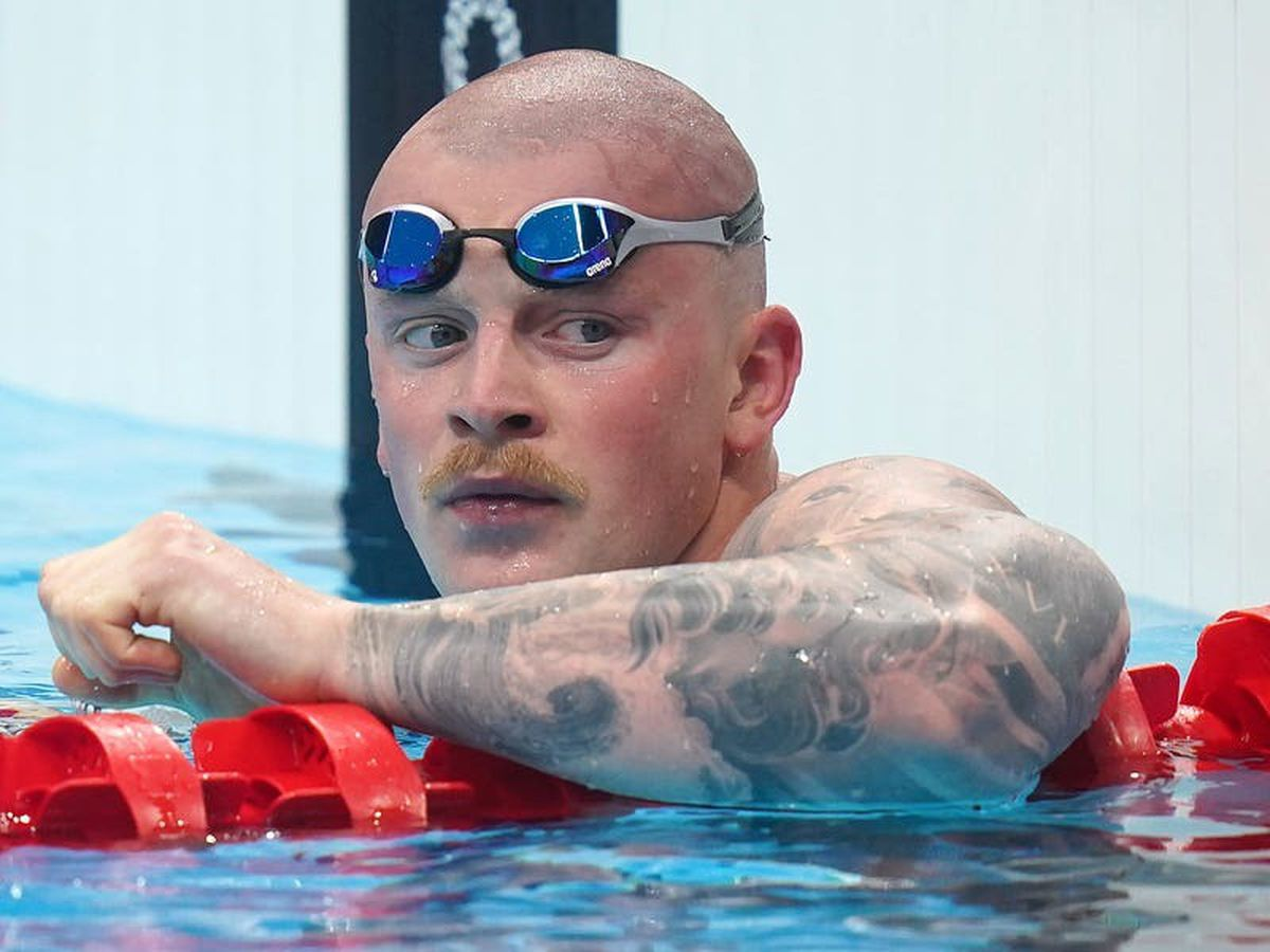 Adam Peaty shows Olympic title defence credentials with dominant victory in heat