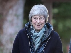 Ministers moot possible vote for MPs on alternatives if May Brexit plan rejected