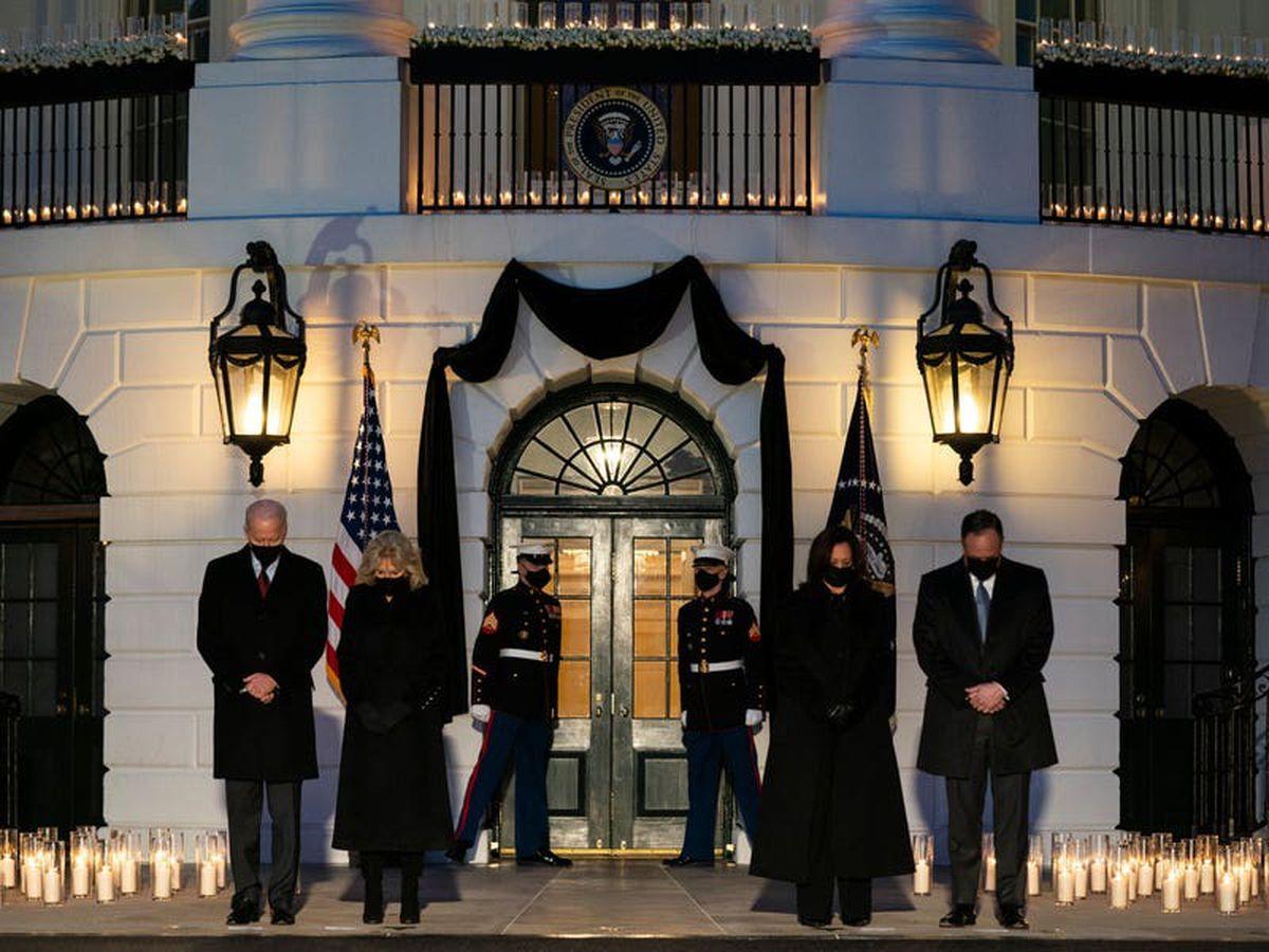 Biden leads moment of silence as US tops 500,000 coronavirus deaths