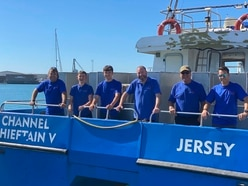 Pride of Guernsey: Channel Chieftain V crew
