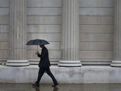 Thunderstorms and heavy rainfall to hit parts of England