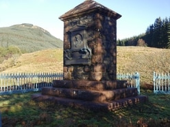 Thieves steal restoration equipment from monument to war hero