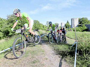 Golden Roe wins joust on wheels