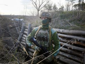 EU warns 'spark' could set off confrontation at Russia-Ukraine border