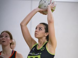 GS Clare Henry was in top form for Resolution IT Green as they beat league-leaders Blaze on Tueday. (Picture by Sophie Rabey, 29105945)