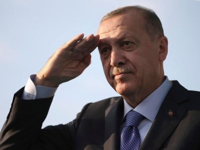 Turkey bids to resettle two million Syrian refugees in border 'safe zone'