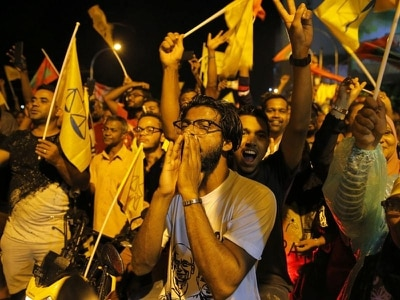 Maldives opposition leader ousts incumbent president