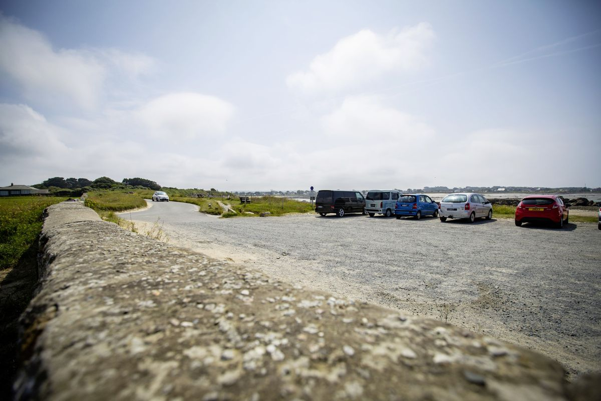 A planning application has been submitted to use the corner of the car park closest to the beach at Amarreurs for a private water sports business, but the Vale parish has expressed concerns.  (Picture by Sophie Rabey, 29802891)