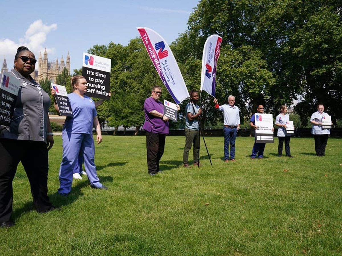 Government says 3% pay rise will come out of NHS budget