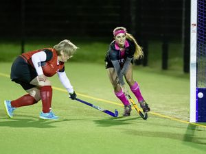Guernsey Hockey.Amazons v Panthers..Ladies Division..www.guernseysportphotography.com. (29121366)