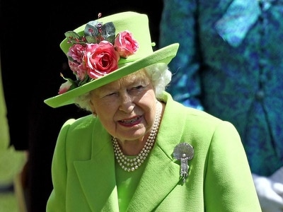 Hats off to punters as Queen's green Ascot choice leaves bookies counting losses