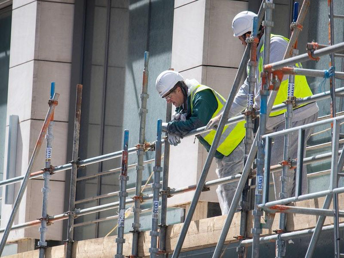 Building sites allowed to stay open longer, says Communities Secretary