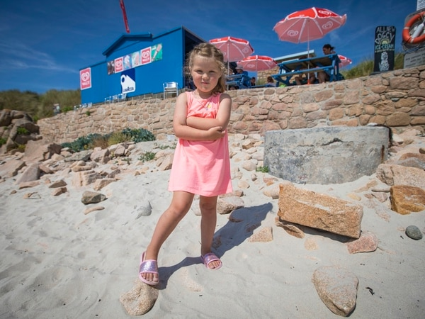 Four-year-old burns foot after beach BBQ