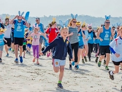Vazon run for Guide Dogs charity