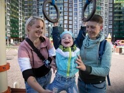 Hopes of marriage for Russian same-sex couples ended by constitutional amendment