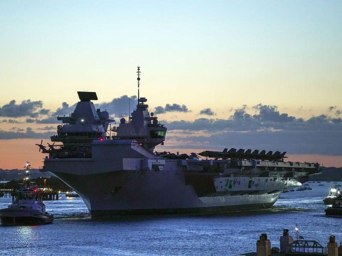 Navy flagship HMS Queen Elizabeth sets sail after royal visit