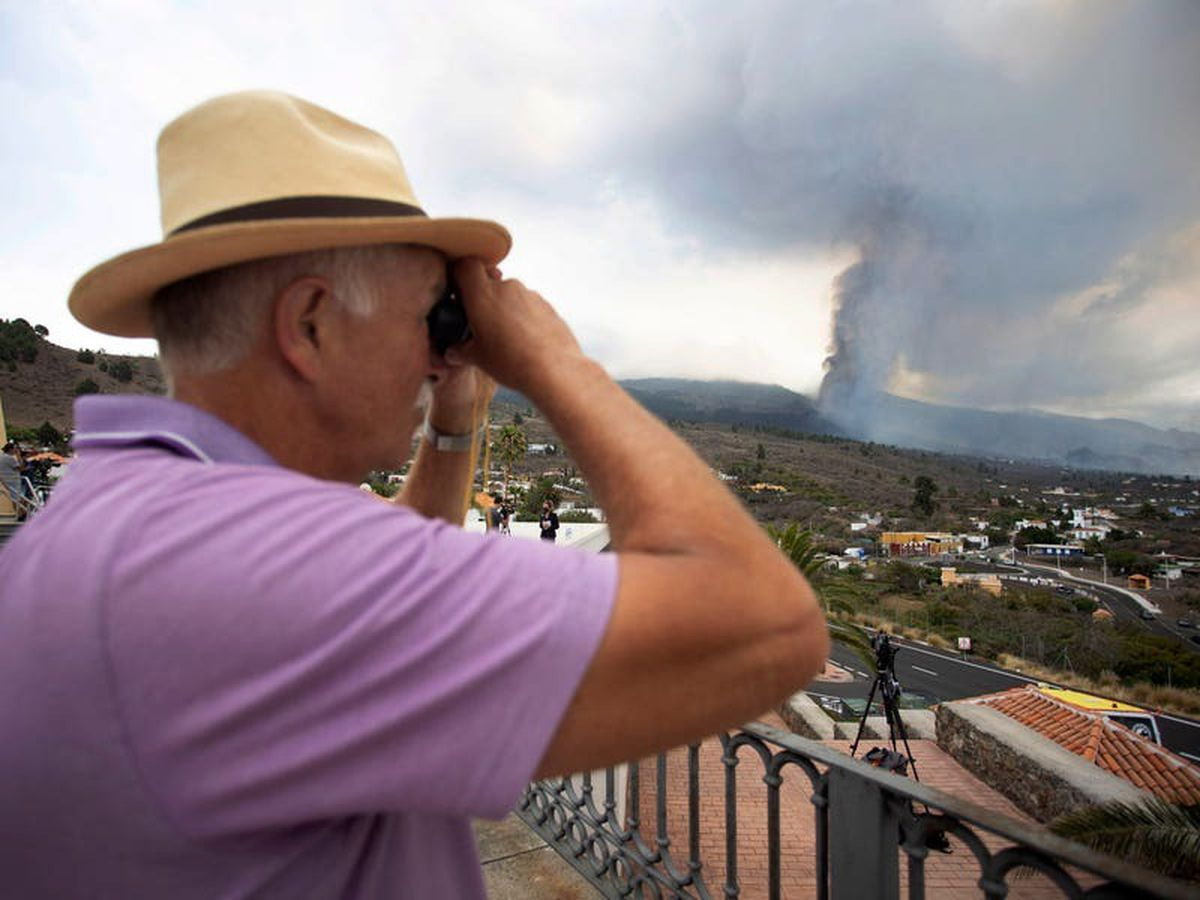 Canary Island volcano eruption could last three months