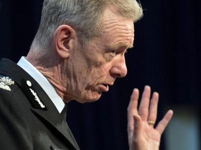 Ex-Met Police boss seeks urgent review of cannabis laws