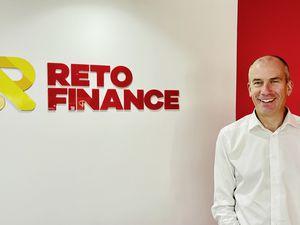 Adam Dawson, Reto Finance. (30060124)