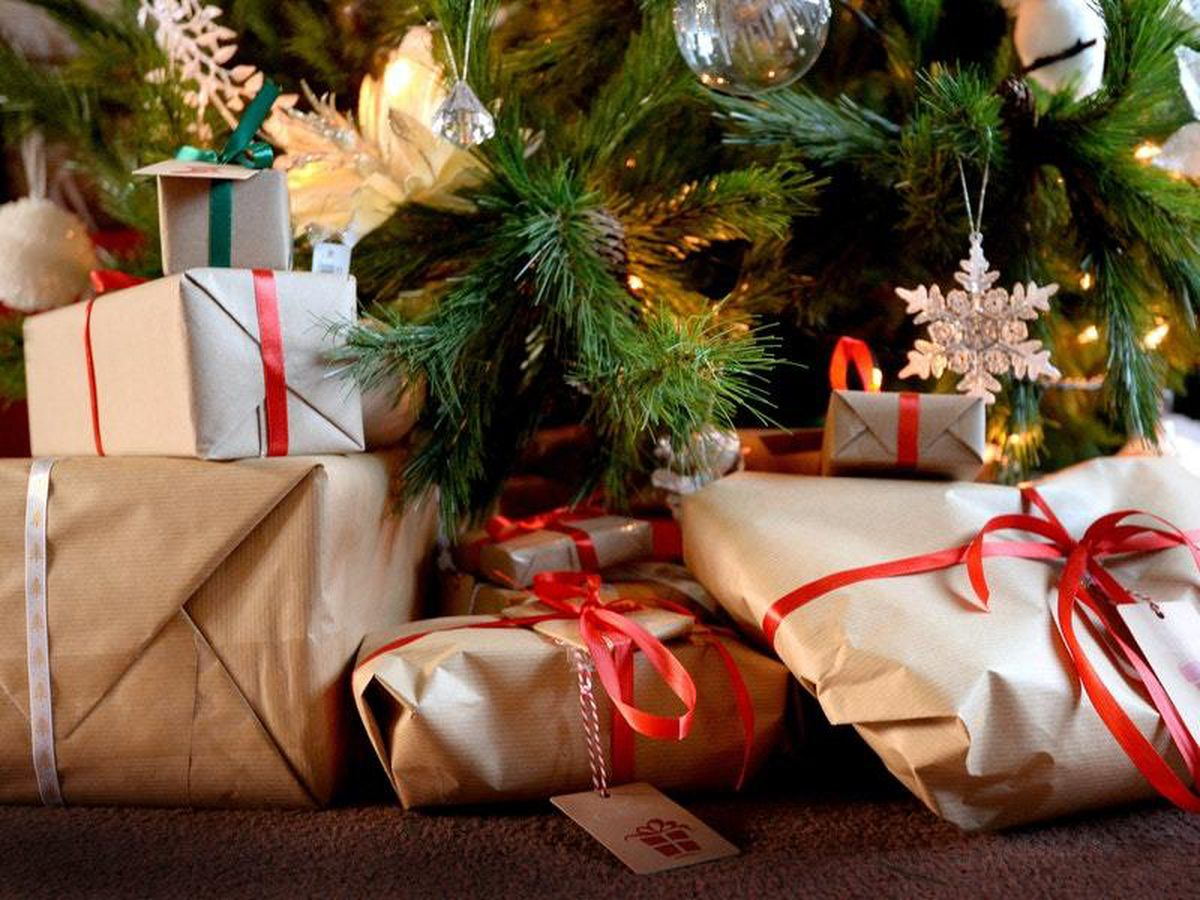 Disinfect Christmas parcels and send cards early, medics advise