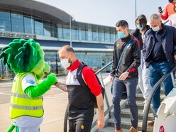 A Roary good welcome for Isle of Man football players