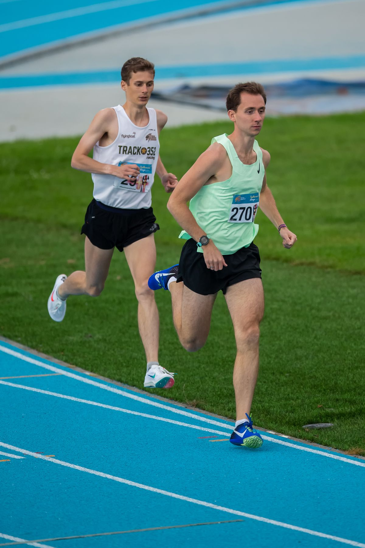 Will Bodkin (front) is now up to ninth in Guernsey's men's all-time list for the 10,000m. (www.guernseysportphotography.com)