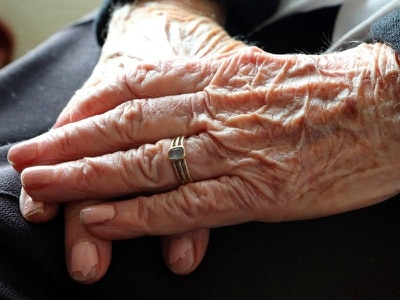 One in seven adults give up their time to look after relatives, says report