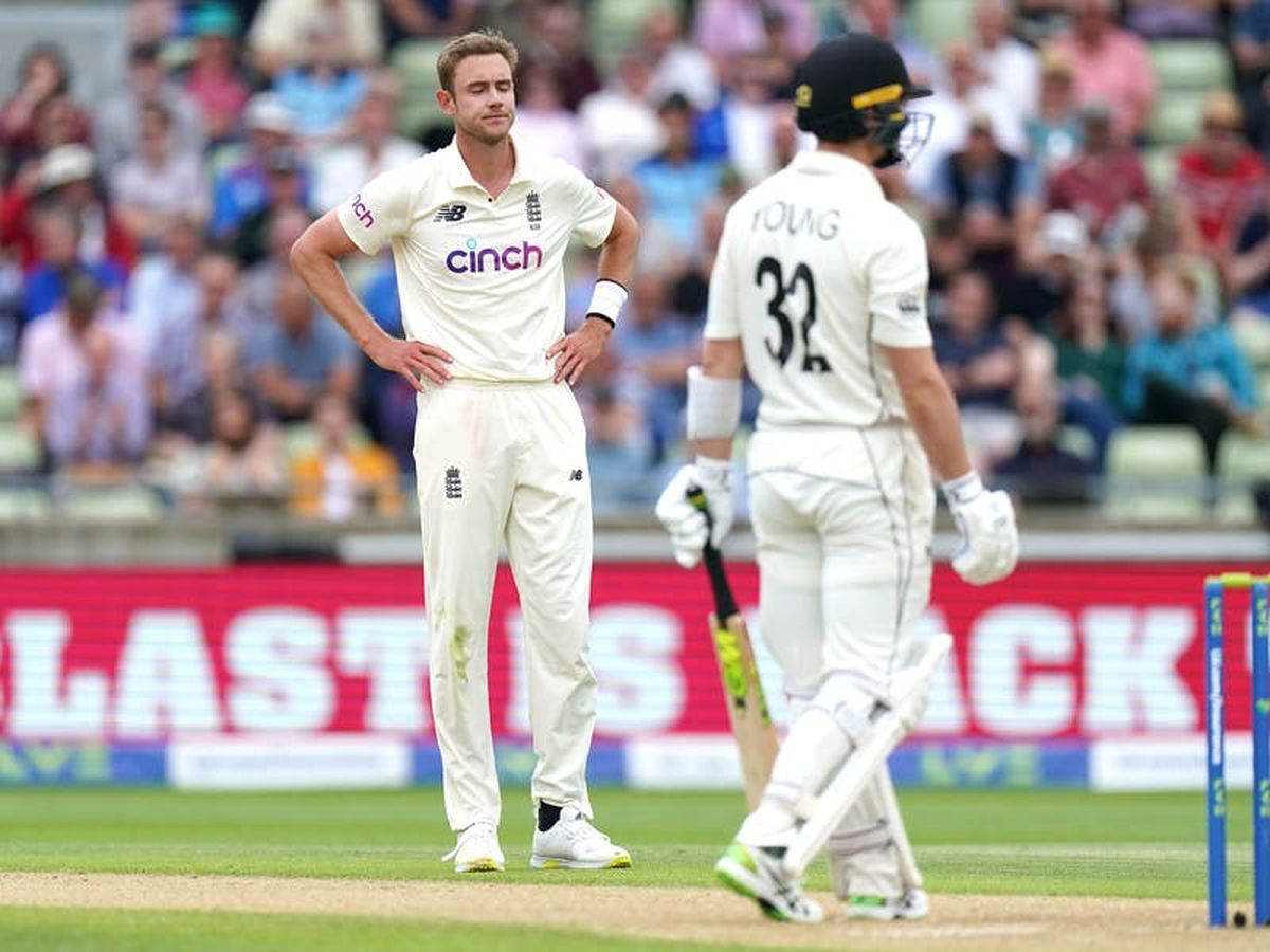 England endure frustrating day to leave New Zealand in charge of second Test