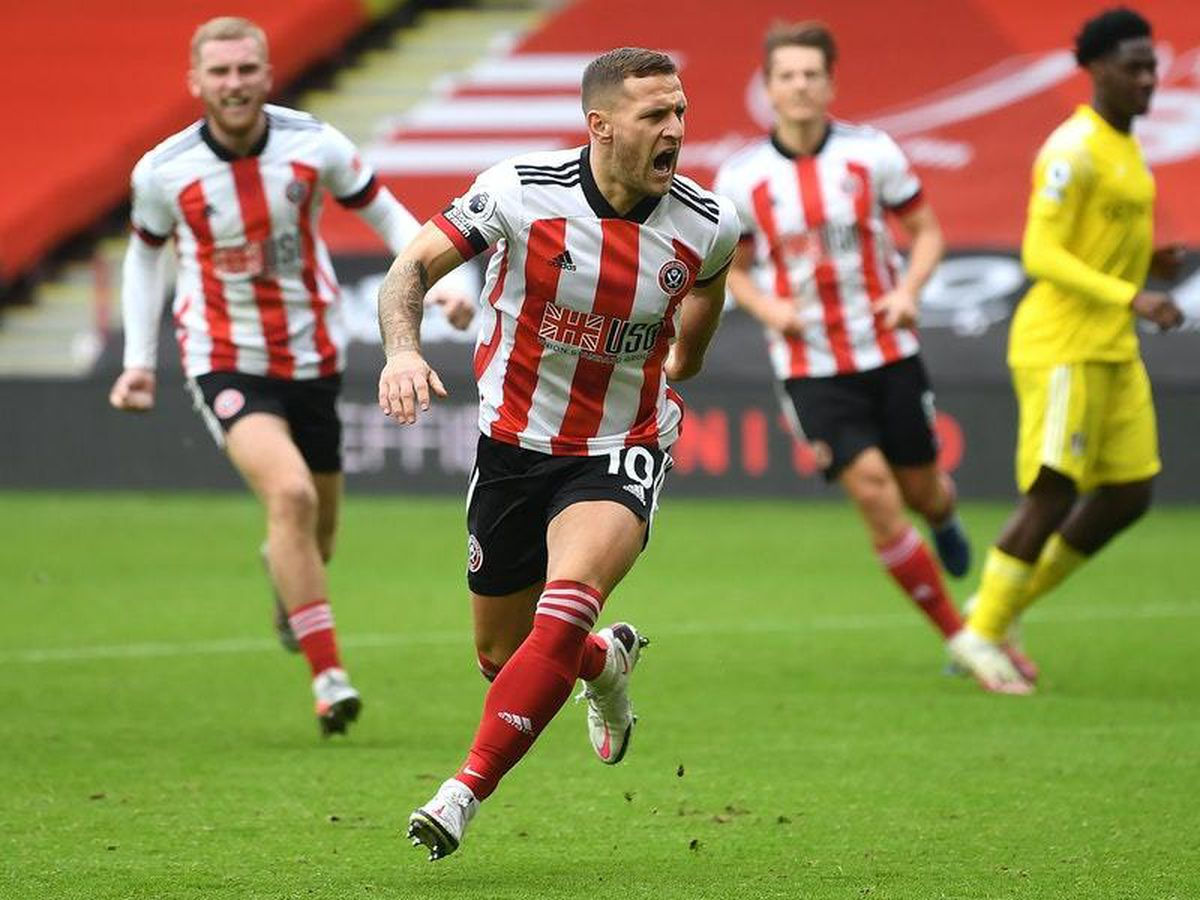 Late Billy Sharp penalty rescues point for Sheffield United against Fulham