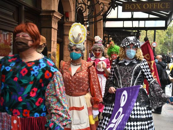 Pantomime dames lead protest calling for theatre industry support