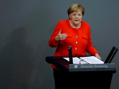 Merkel: No excuse for far-right violence in demonstrations