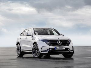 The first dedicated electric car from Mercedes has a claimed range of 280 miles (22458229)