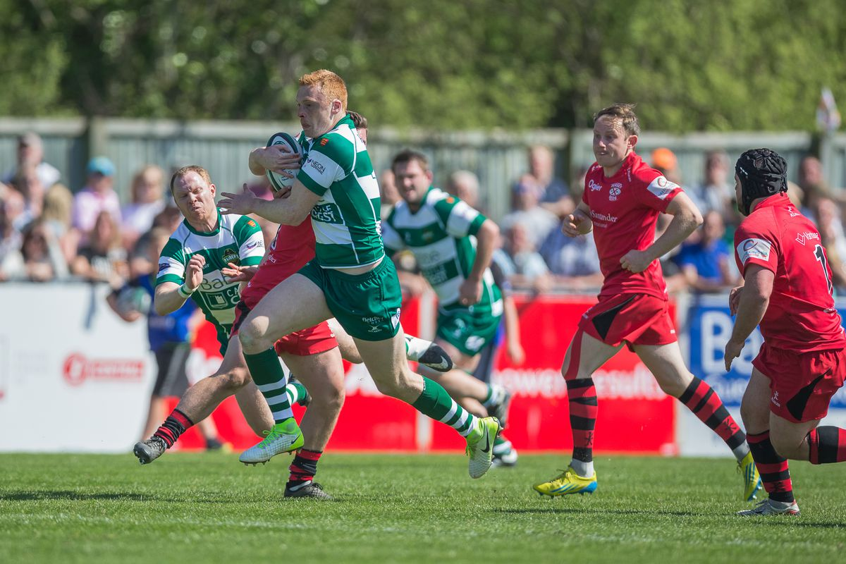 Raiders wing Anthony Armstrong breaks away the last time Guernsey hosted the Siam Cup in 2019. (Picture by Martin Gray, www.guernseysportphotography.com, 29801375)