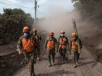 Rescue efforts resume after volcano eruption in Guatemala