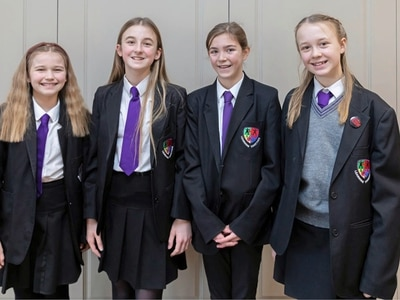 St Sampson's team Guernsey winners of Channel Islands Student Business Challenge with innovative dog lead idea
