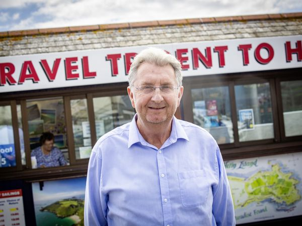 Picture By Sophie Rabey.  23-09-21.  Travel Trident managing director Peter Wilcox against the Herm Kiosk in town re the Trident ceasing services to Herm from 31st October to 1st April.. (30016528)