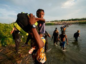 Haitian migrants 'being released in US on very large scale'