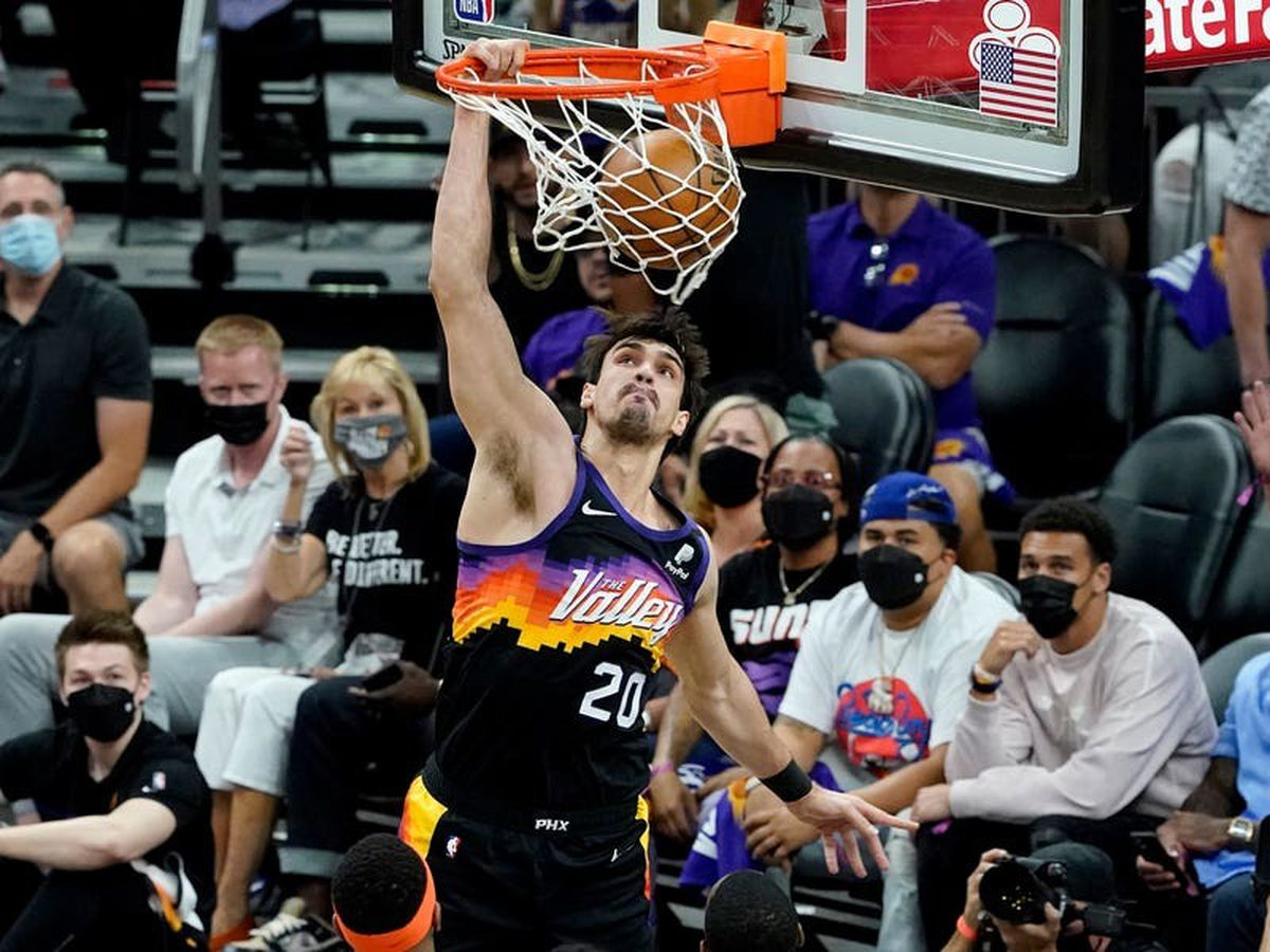 Phoenix Suns cruise past Denver Nuggets for 2-0 series lead