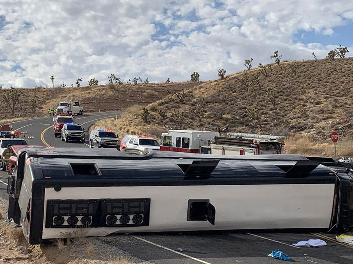 One dead after bus heading to Grand Canyon rolls over