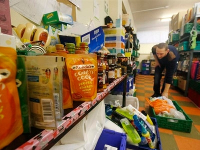 Food banks handing out record amount of emergency supplies, study finds