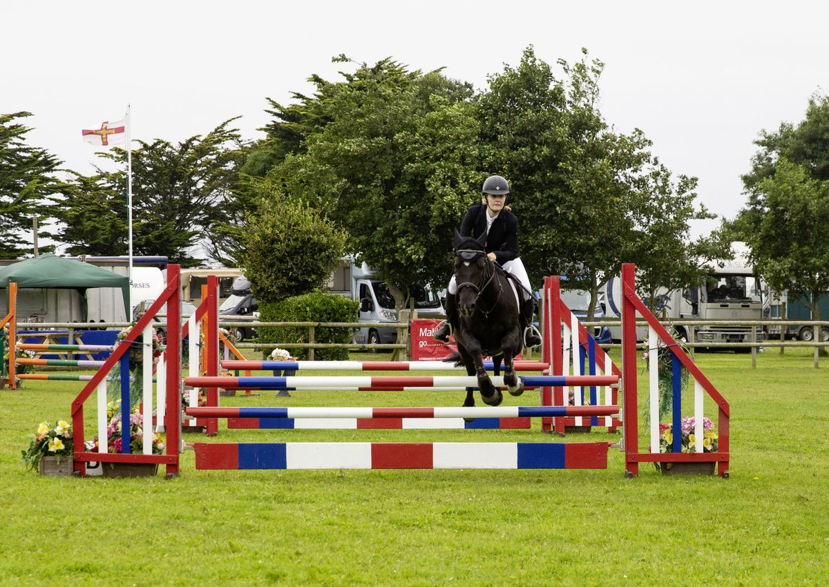 Hannah Davies and Dark Jasmine were one of the Jersey combinations making a return to the Guernsey Horse of the Year Show at Chemin Le Roi yesterday. (Picture by Cassidy Jones, 29923691)