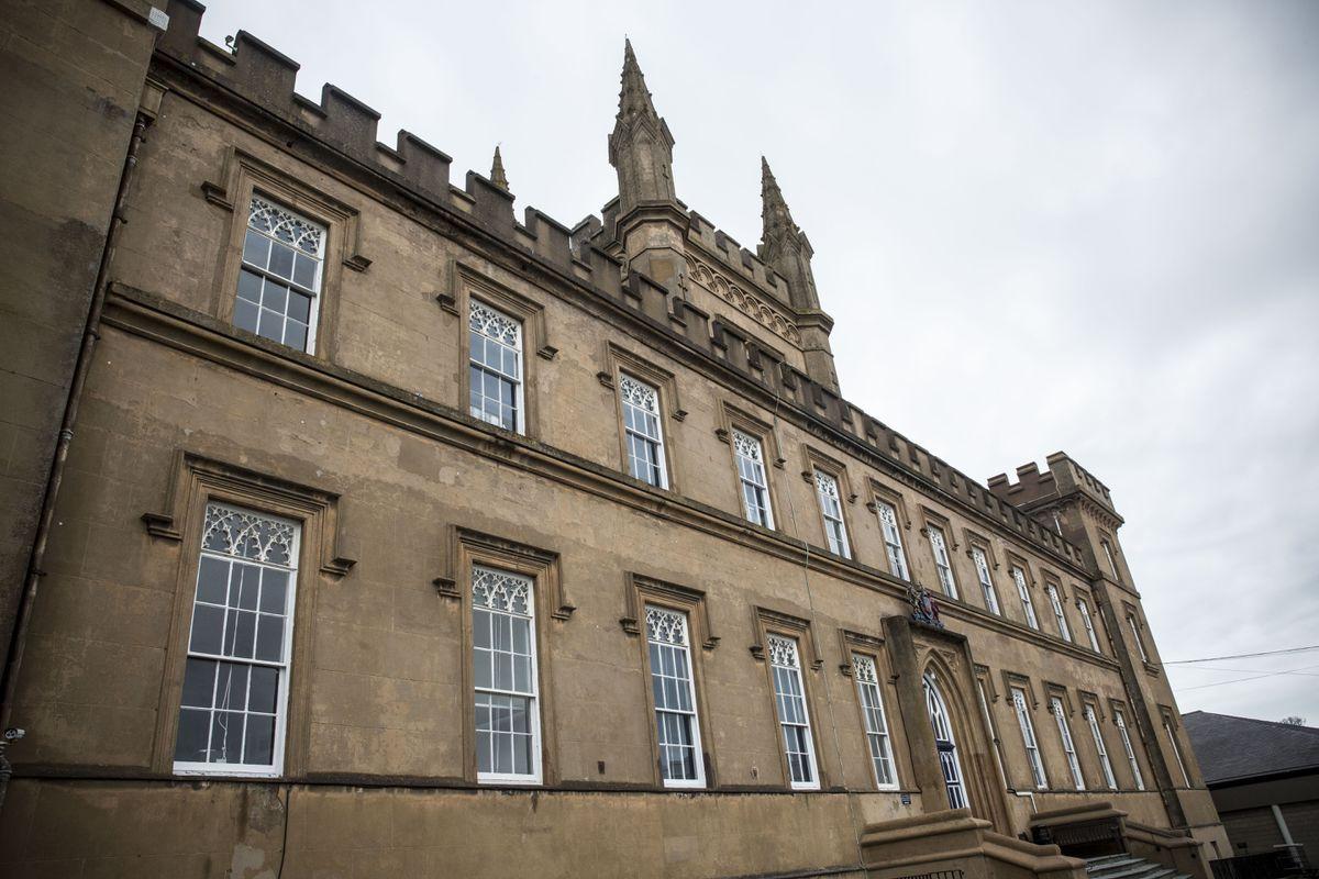 Elizabeth College. (28915893)