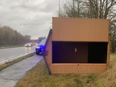 Police appeal for information after shed appears on dual carriageway