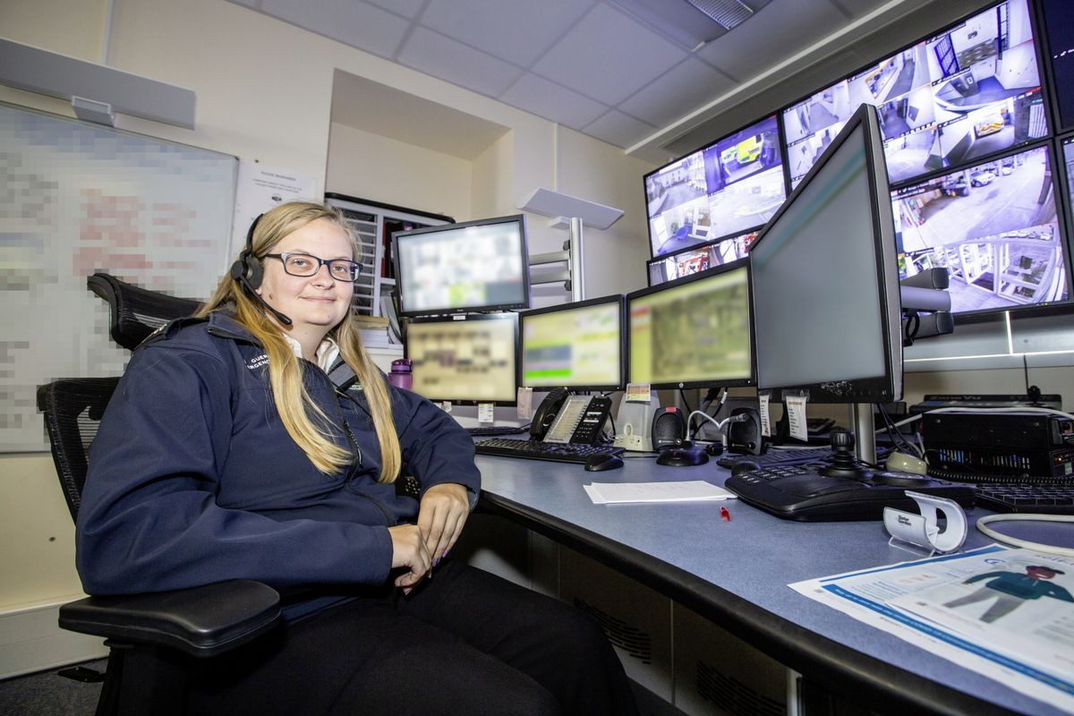 Picture by Sophie Rabey.  13-10-20..A day in the life of JESCC at the Police Station.  Joint Emergency Services Control Centre..Kayleigh Luxton. (28810374)